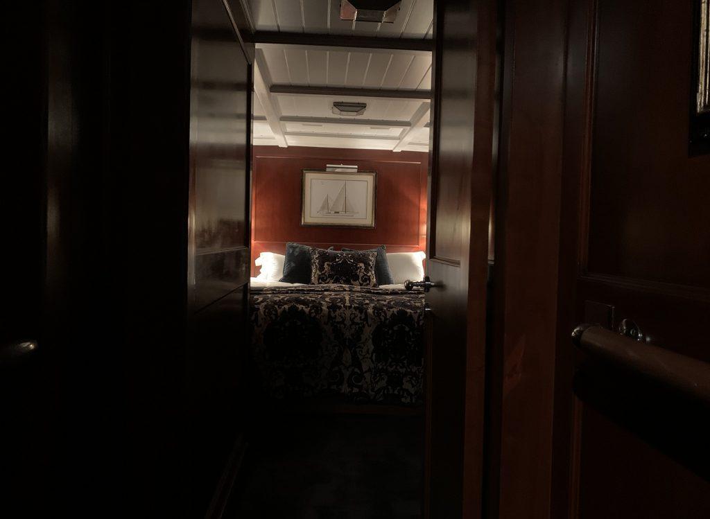 Feadship IDUNA Master cabin